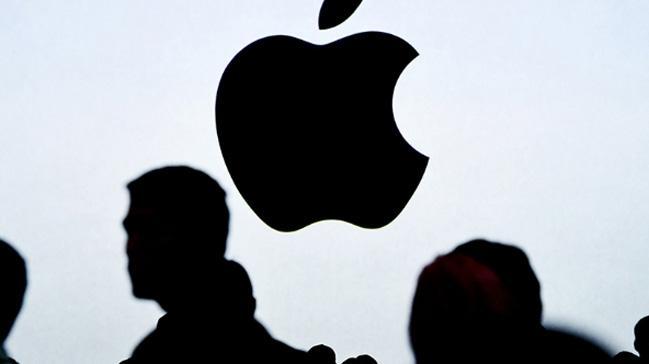 Apple, çalışanını proje hırsızlığıyla suçluyor