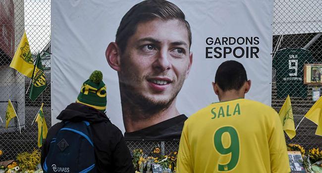 UEFA'dan Sala için saygı duruşu kararı