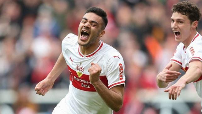 Ozan Kabak en iyi genç seçildi