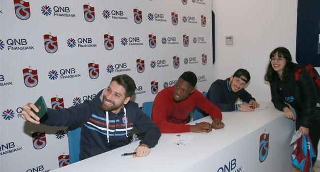 Trabzonspor'un yıldızları taraftarla buluştu