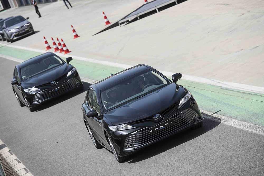 Toyota'nın en lüks otomobilleri Türkiye'de