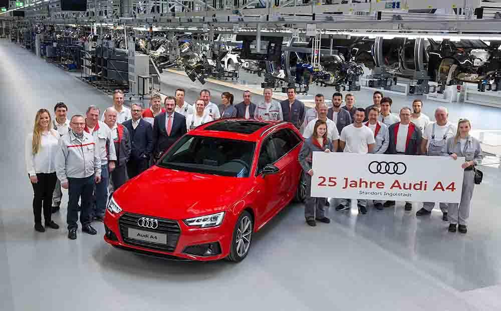 Audinin en çok satan modeli Audi A4  25 yaşında
