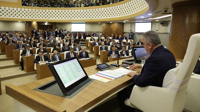 Antalya Büyükşehir Belediyesi'nde skandal işten çıkarma iddialarını sendika rakamlarla açıkladı