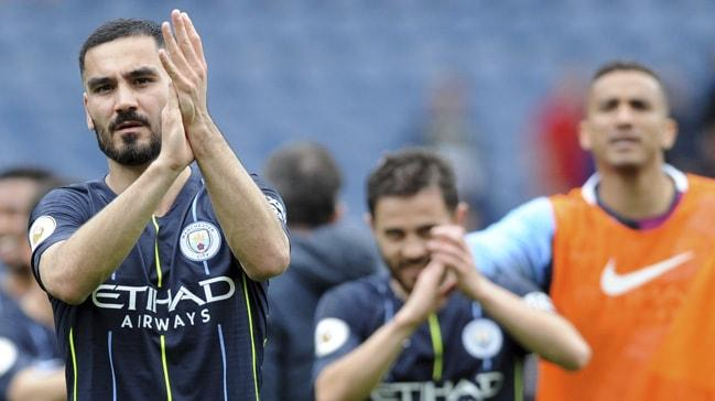 İlkay Gündoğan geleceğiyle ilgili konuştu: Manchester City ile görüşeceğiz