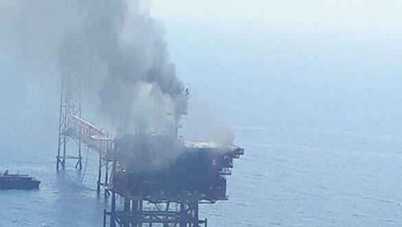 Petrol çıkarma tesisinde şiddetli patlama