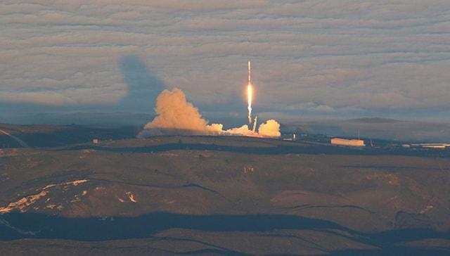 SpaceX, Kanada'nın üç uydusunu gönderiyor: Canlı yayın
