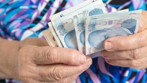 """Emeklilerin taban aylıkları yükseldi! En düşük emekli maaşı ne kadar oldu"""""""