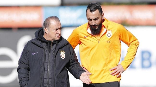 Marsilya'dan Galatasaray'a Kostas Mitroglou cevabı: Geri almayız, istediğiniz kulübe kiralayın