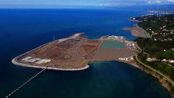 Rize-Artvin Havalimanı'nın yüzde 35'i tamamlandı