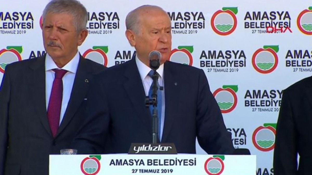 MHP lideri Bahçeli: Fırat'ın doğusu ateşe verilmeli