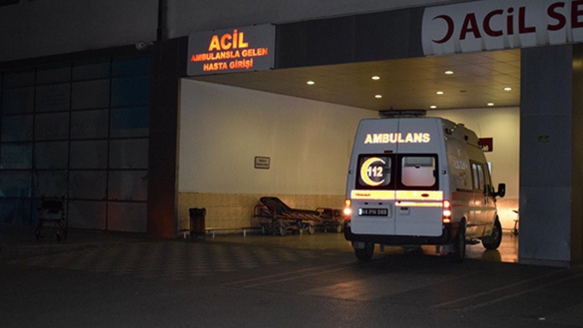 Malatya'da 28 inşaat işçisi, yedikleri yemekten zehirlendikleri şüphesiyle hastaneye kaldırıldı
