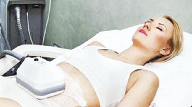Orantısız yağlanmaya çare liposuction