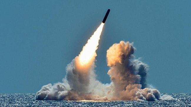 """Dünya savaşa mı sürükleniyor"""" Anlaşmalar askıda füzeler havada"""