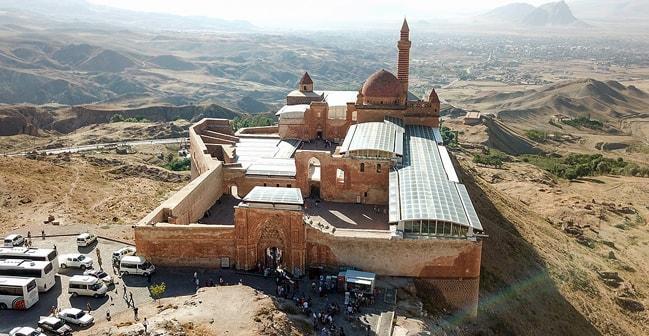 Anadolu'daki tek saray! 235 yıldır tarihe ışık tutuyor