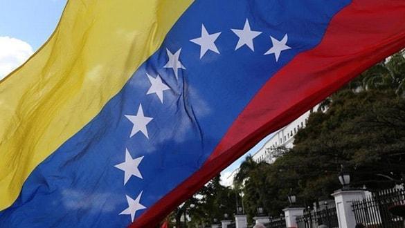 12 ülkeden Venezuela'ya yeşil ışık