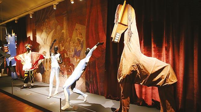 Picassosergisi İzmir'de