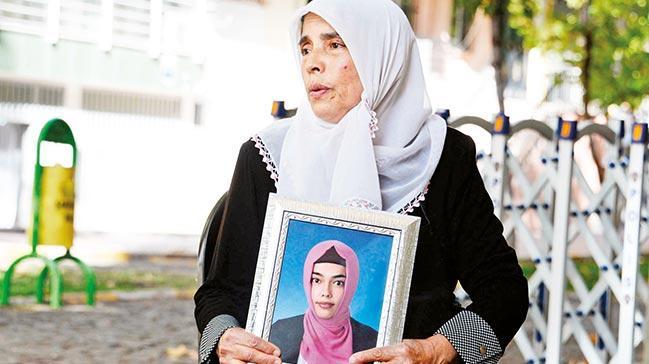 'PKK'nın kaçırdığı kızımı alyansımı satıp okuttum!'