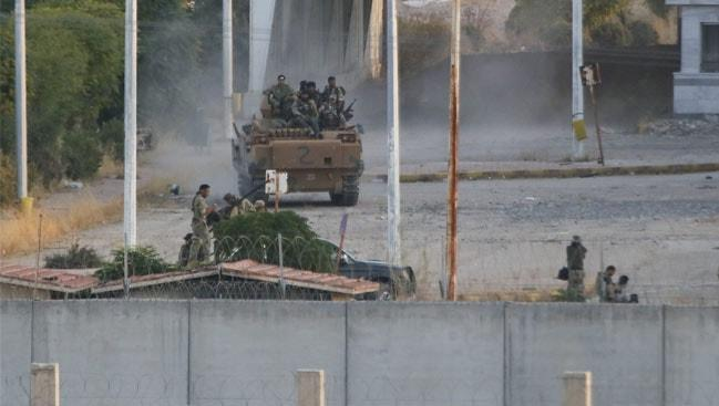 Harekattan son dakika görüntüleri... Tel Abyad kontrol altında! SMO askerleri M4 karayolunda konuşlandı