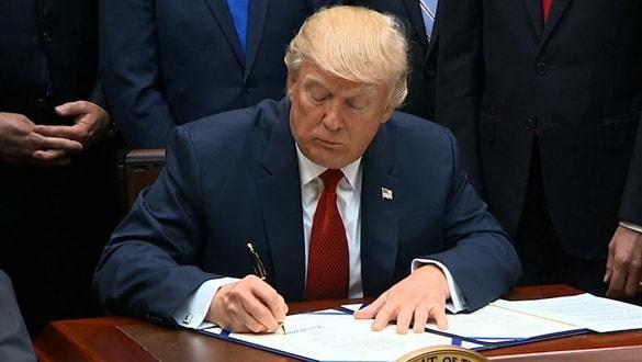 Trump, Barış Pınarı Harekatı'nı hedef aldı! Skandal kararı imzaladı