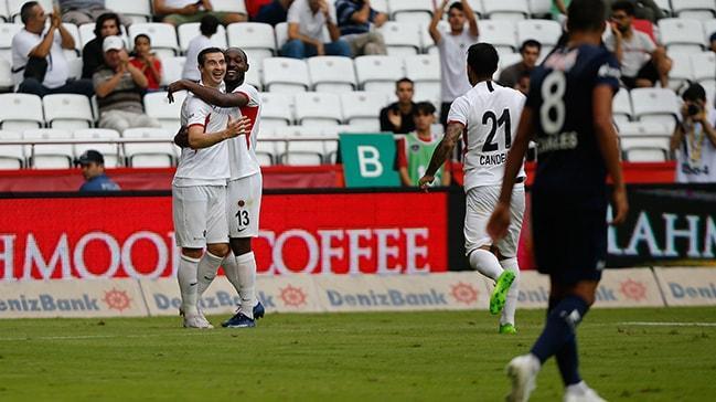 Gençlerbirliği deplasmanda Antalyaspor'u 6-0 mağlup etti