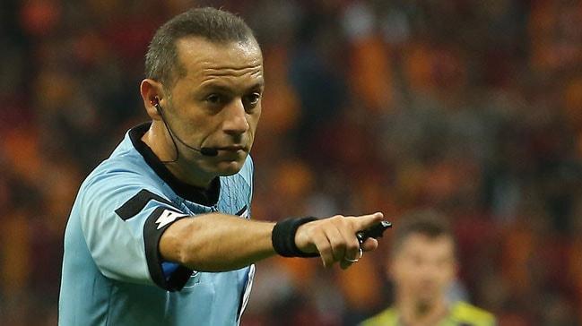 Süper Lig'de 10. hafta maçlarında düdük çalacak hakemler açıklandı