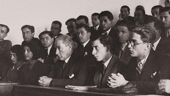 Mustafa Kemal'in Milli Eğitim Müdürü'yle çarpıcı konuşması