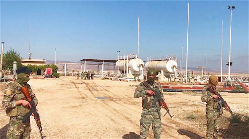 Suriye'de iğrenç ittifak! PKK'nın petrolünü satacak ülke belli oldu
