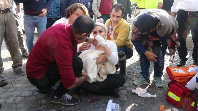 Beyoğlu'nda vahşet! Kendisine para vermeyen kadın turiste demir sapladı