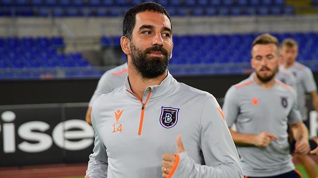 Arda Turan'ın ara transfer döneminde Başakşehir'den ayrılması gündemde