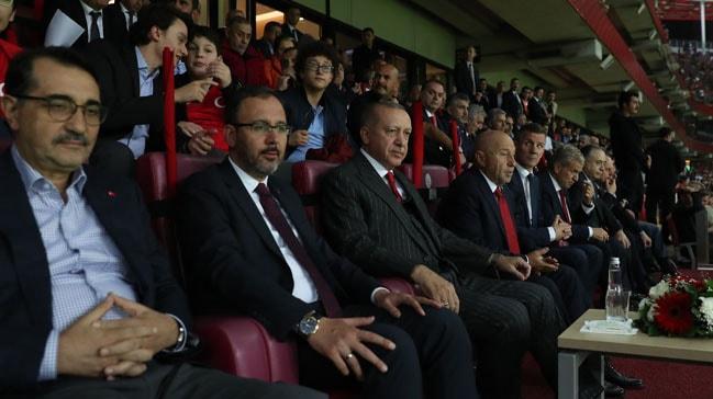 Cumhurbaşkanı Recep Tayyip Erdoğan: Rakiplerin korkulu rüyası oluyoruz