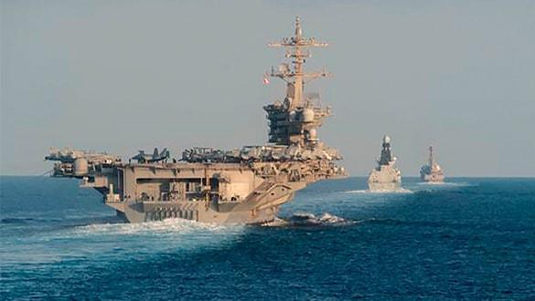 ABD'nin dev savaş gemisi bir kez daha göründü! Dünya oraya kilitlendi