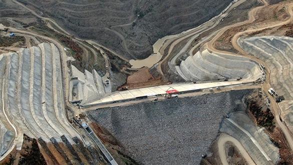 Sakarya'da, Akçay Barajı'nda su tutulmaya başlandı