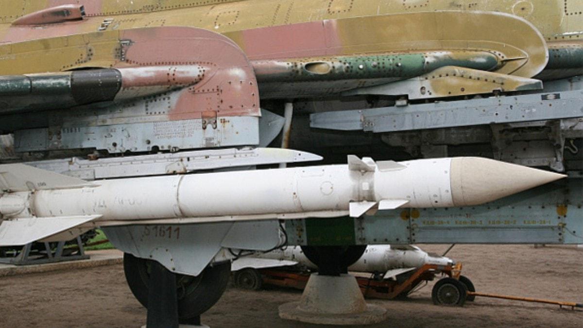 Kazara füzeyi ateşleyen Rus askerlerine para cezası