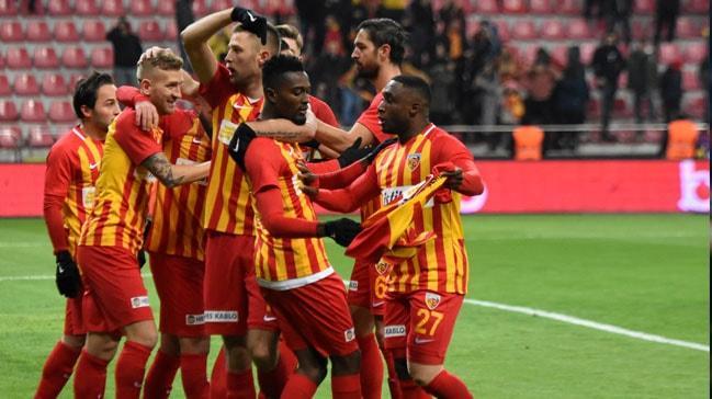 Kayserispor, kendi sahasında Çaykur Rizespor'u tek golle mağlup etti