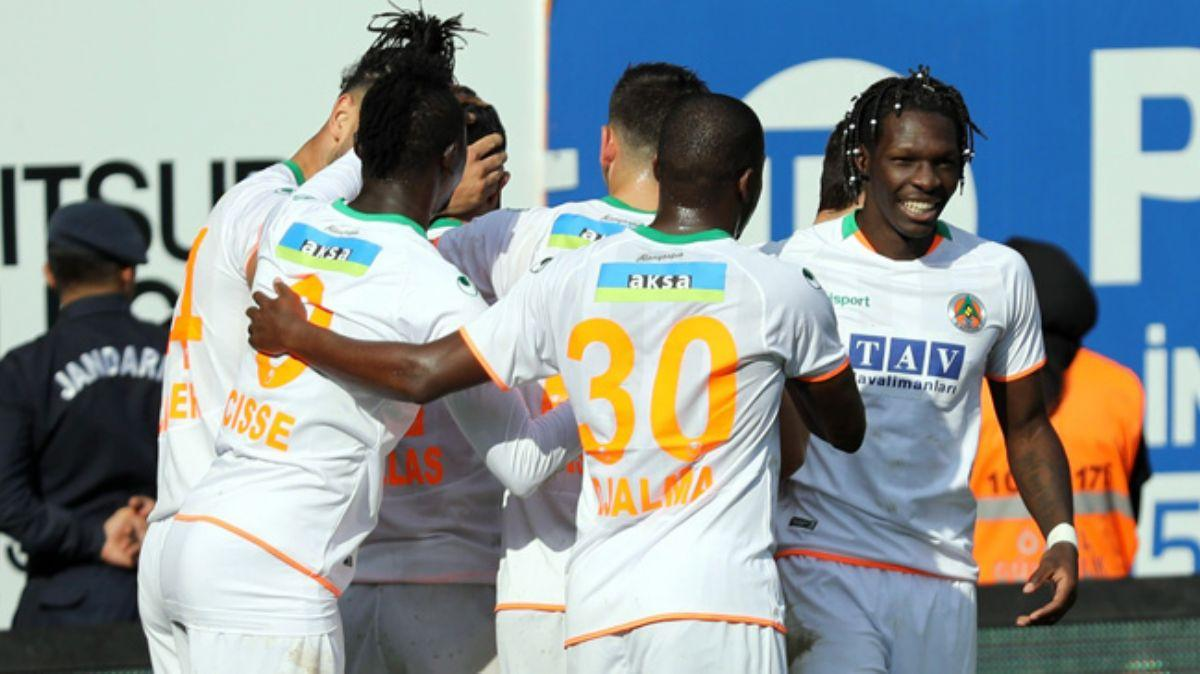 Alanyaspor sahasında Kayserispor'u 5-1 mağlup etti