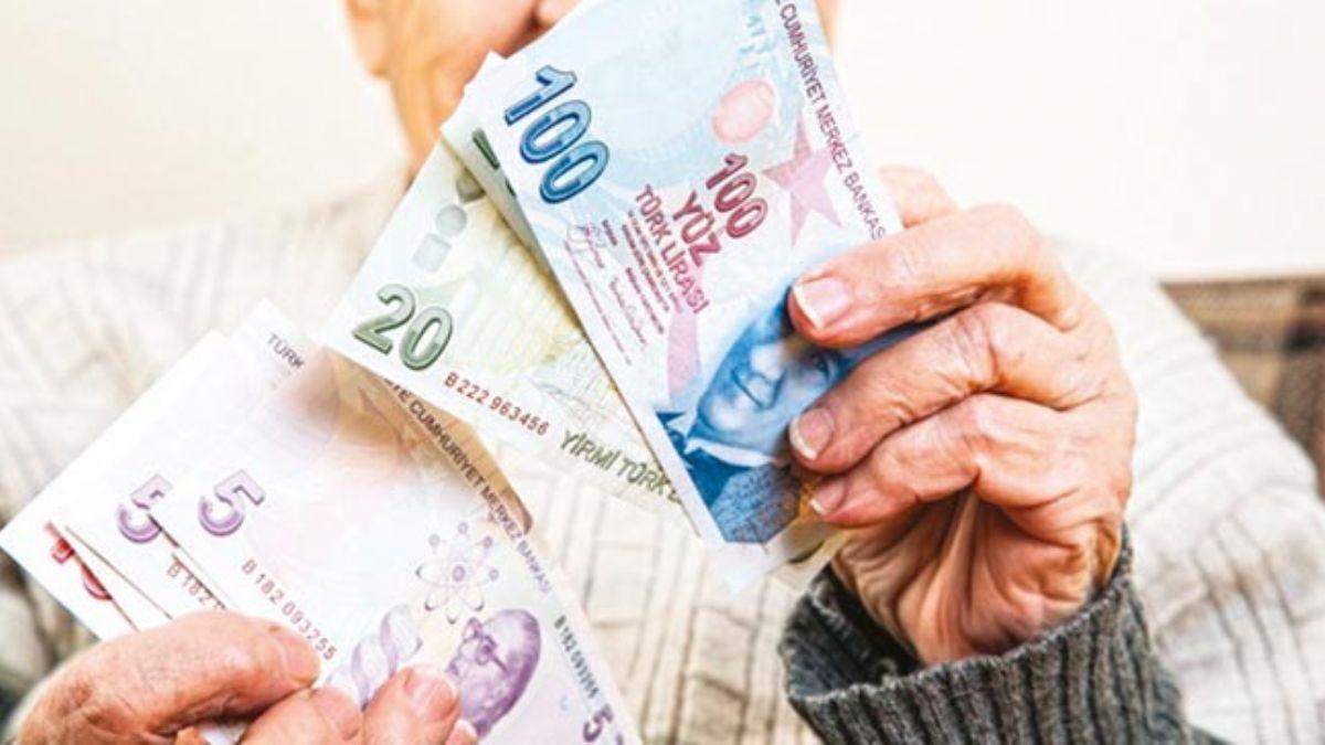 Emeklilere 1250 liralık promosyon