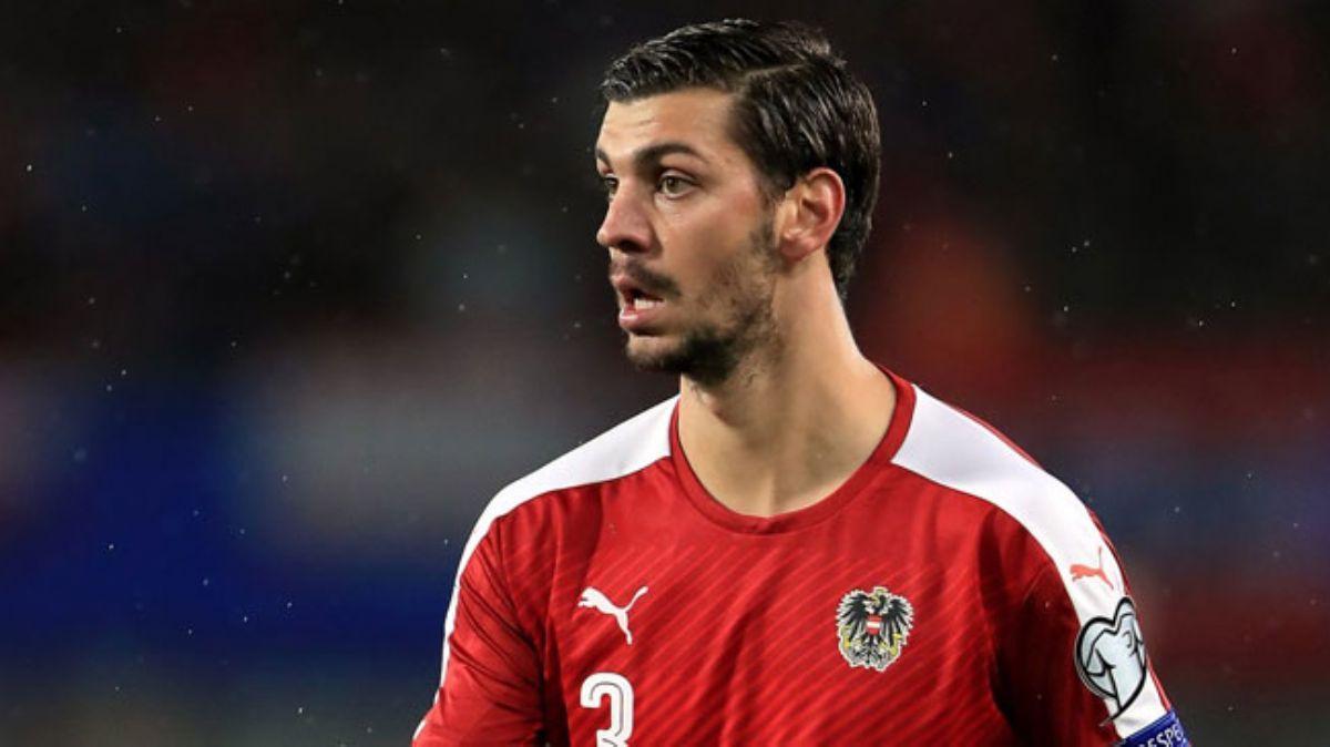 Stoper arayan Galatasaray, Fatih Terim'in de onayıyla Aleksandar Dragovic'e yöneldi