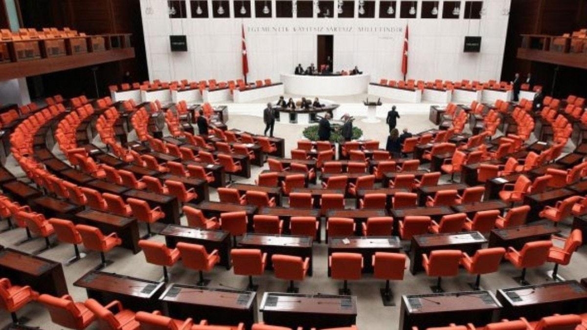 AK Parti hayvan hakları için harekete geçti! 'Hayvan polisi' geliyor