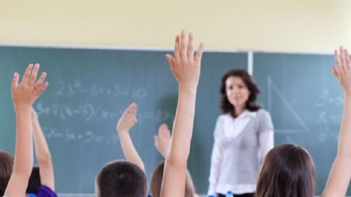 """Ücretli öğretmenlik 2020 başvuruları nasıl yapılır"""" Ücretli öğretmenlik maaşları ne kadar"""""""
