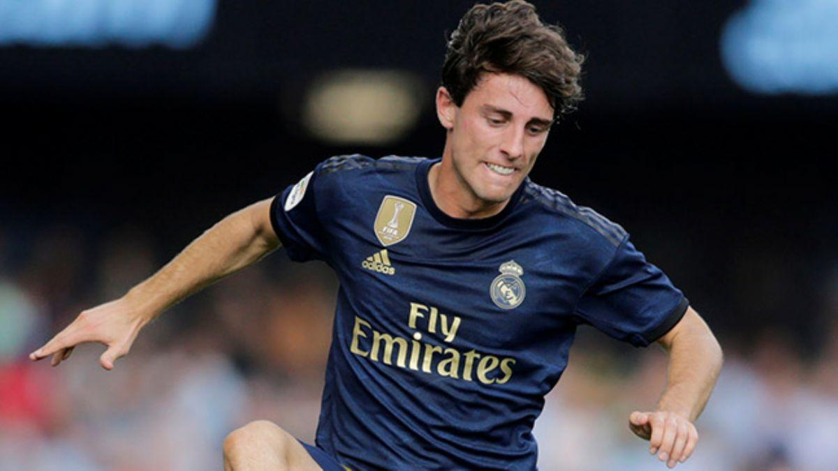 Bayern Münih, Real Madrid forması giyen Alvaro Odriozola'yı transfer ediyor