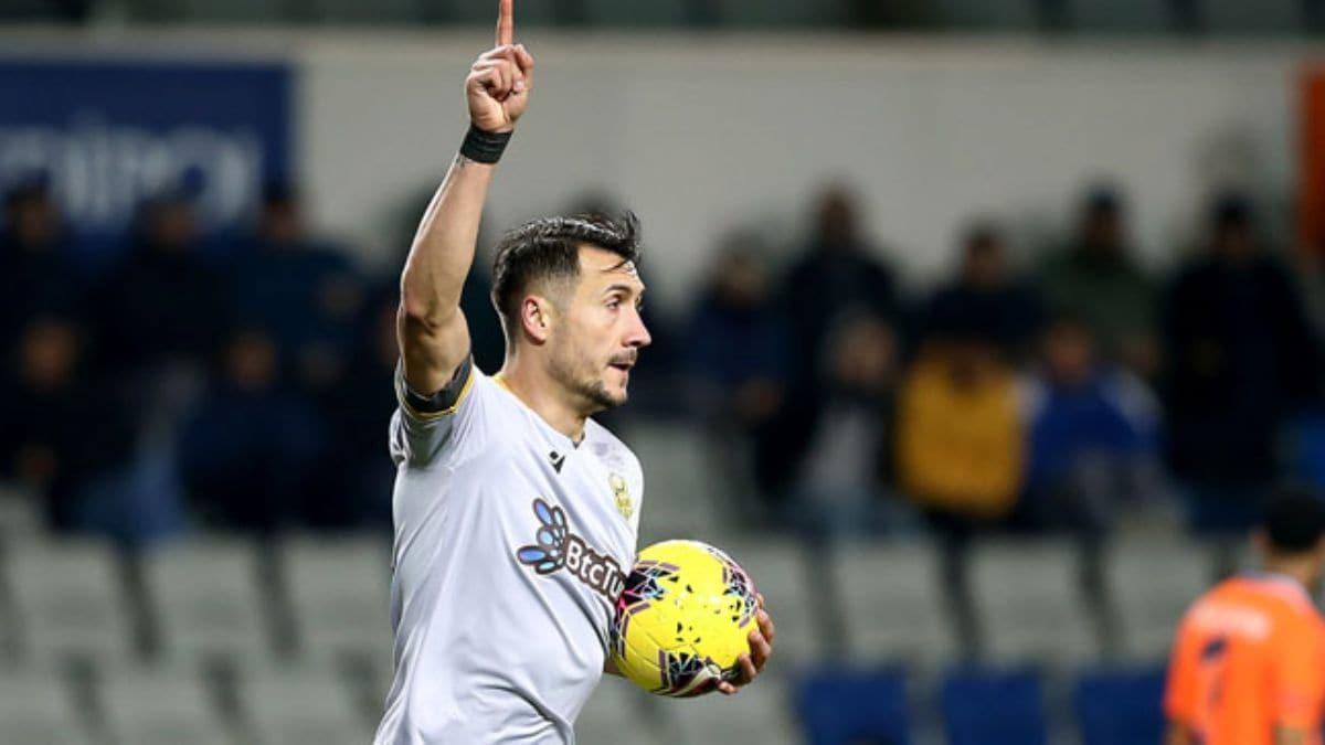 Adis Jahovic Antalyaspor ile anlaşmaya vardı