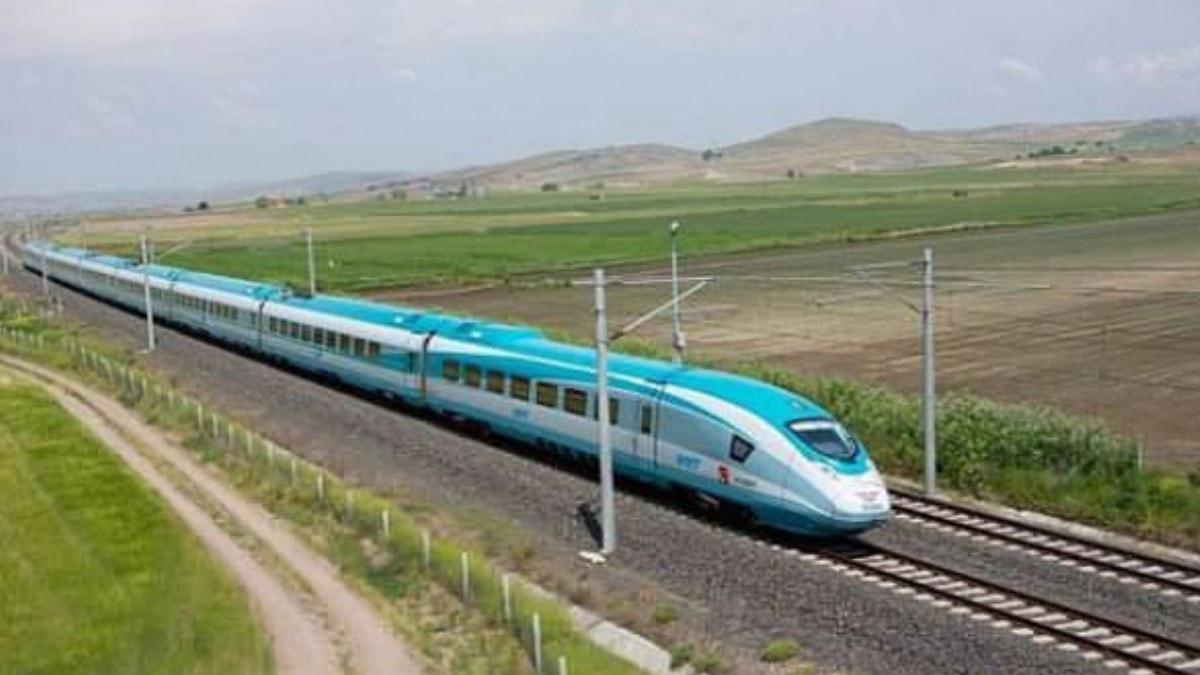 Bakan müjdeyi verdi! Kırıkkale'ye hızlı tren geliyor