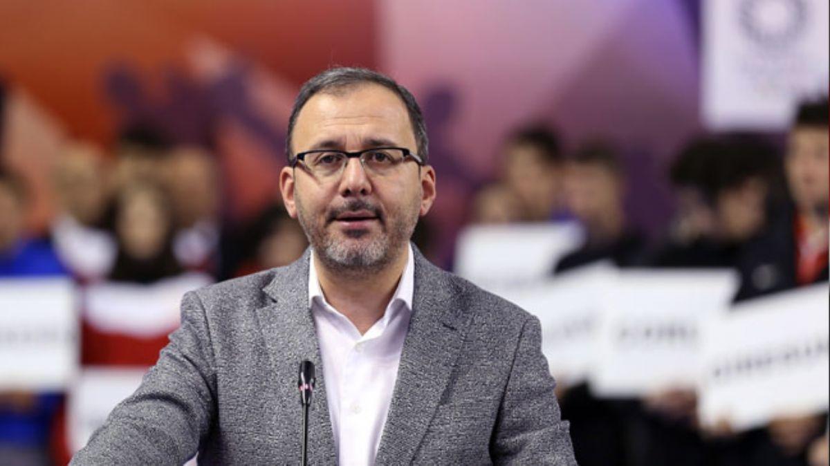 Gençlik ve Spor Bakanı Kasapoğlu'ndan milli judoculara tebrik