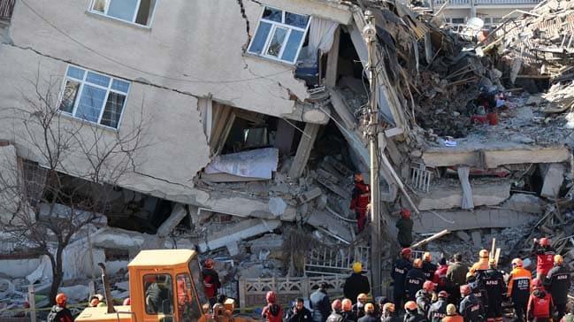 Denizlispor'dan Elazığ'daki deprem mağdurlarına destek