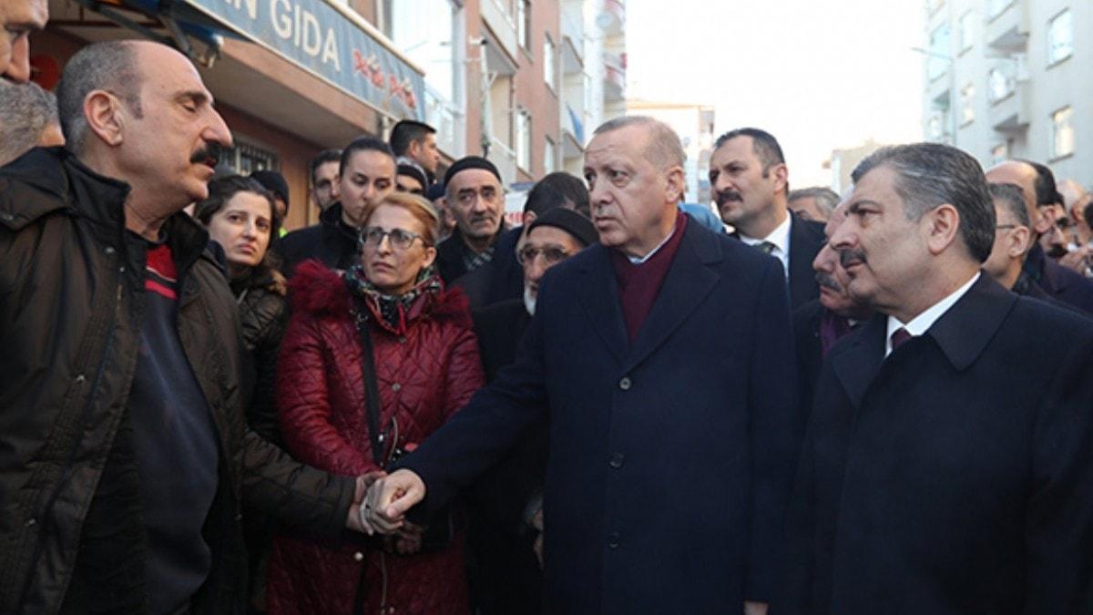 Başkan Erdoğan, deprem bölgesinde vatandaşlarla bir araya geldi