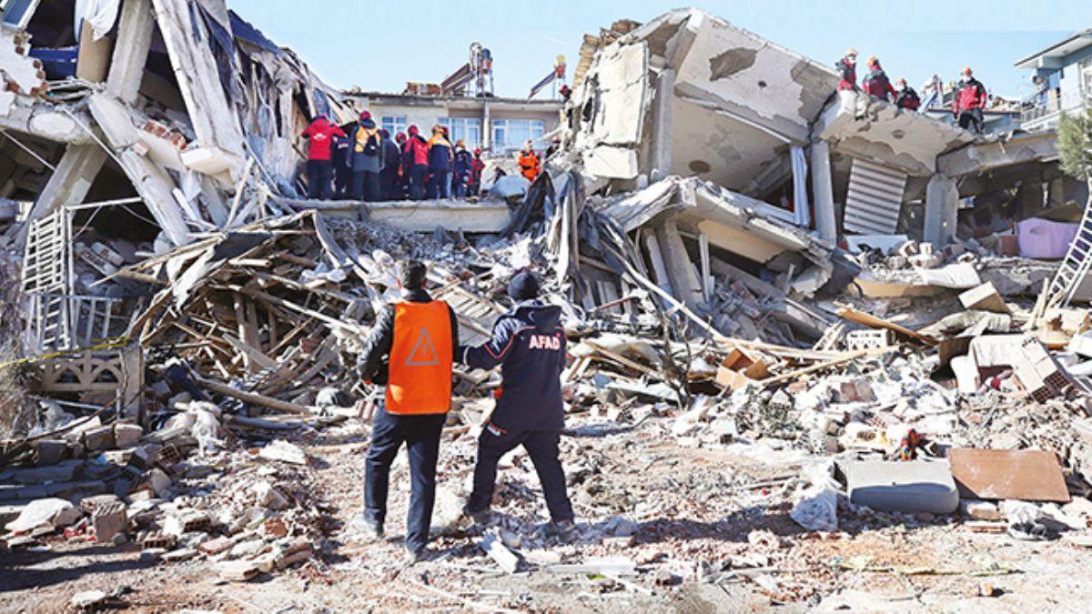 İş dünyası Elazığ depremi sonrası elini taşın altına koydu: Göreve hazırız