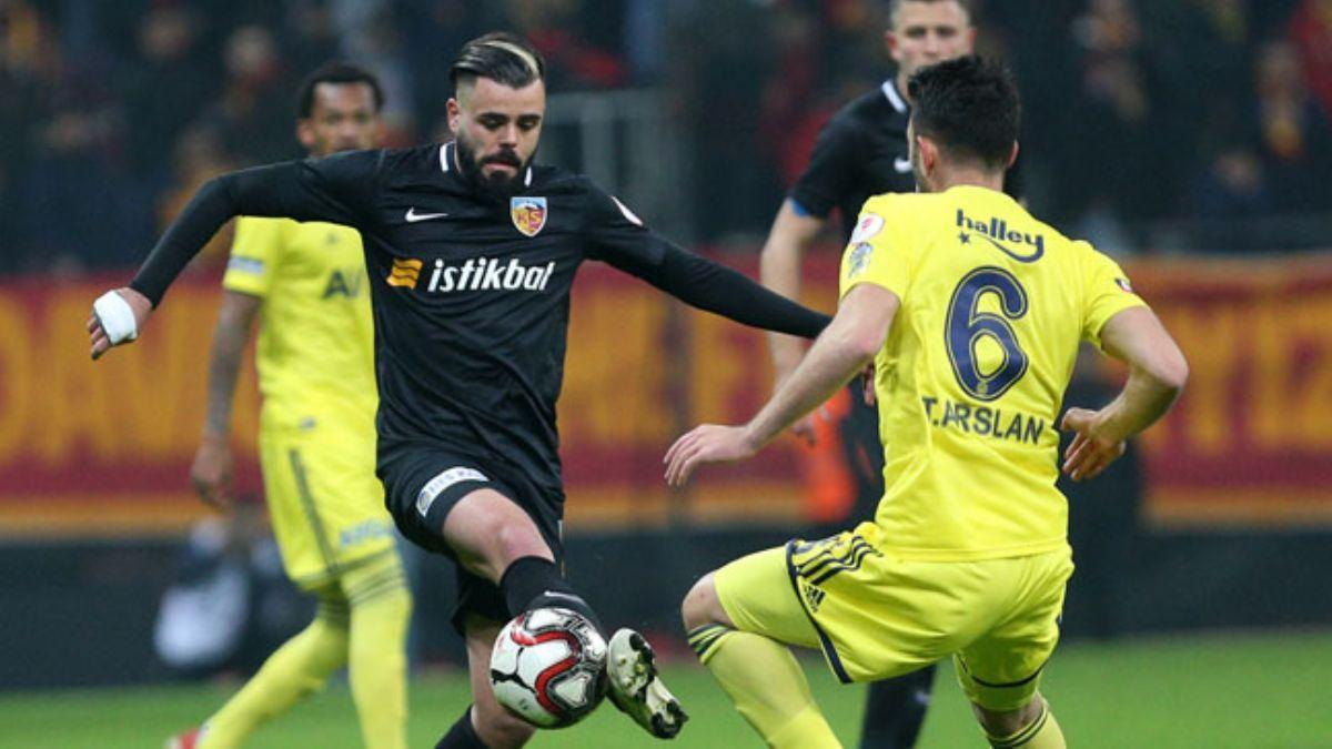 Kayserispor'da sakatlanan Hasan Hüseyin Acar 3 hafta yok