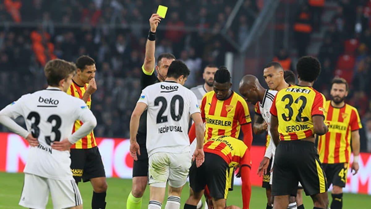 Beşiktaş'ta Necip Uysal, Çaykur Rizespor maçında yok