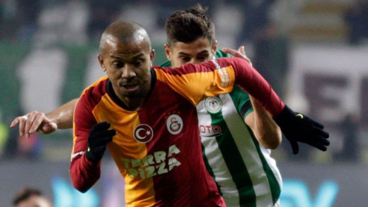 Galatasaray, daha önce gözden çıkardığı Mariano ile devam kararı aldı