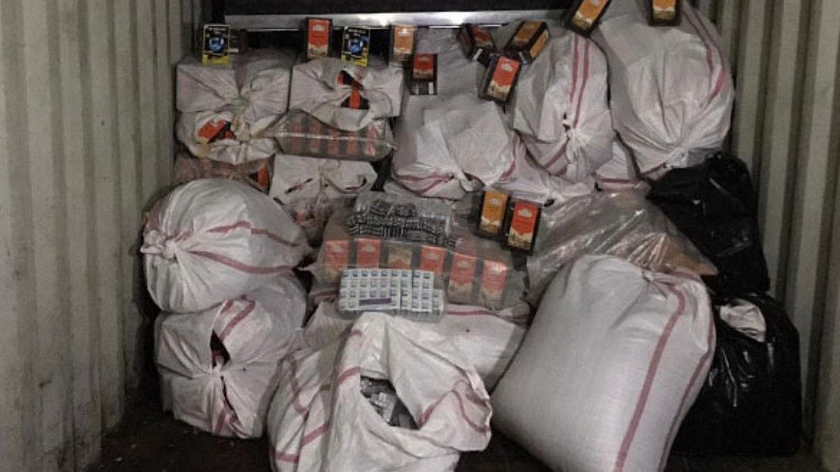Van'da kilo almak için kullanılan 68 bin 200 tablet kaçak ilaç ele geçirildi